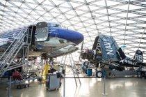 FOTOGALERIJA: Med vzdrževalci največje zasebne zbirke letal na svetu