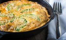 Jajčna omleta z avokadom