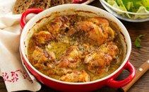 Pečen kunec v gorčično-medeni omaki