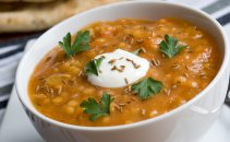 Začinjena juha iz leče