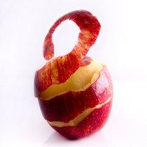 Olupljeno jabolko