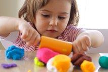 Igranje s plastelinom