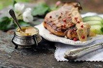 Gorčica in pečeno meso