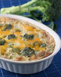 Casserole z brokolijem in sirom