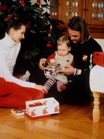 Dojenček z darilom