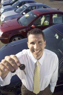 Prodajalec avtomobilov