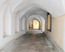 Hiša na koncu tunela - 4
