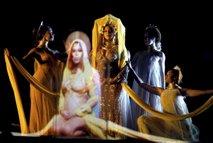 Nastop Beyonce na 59. Grammyjih - 4