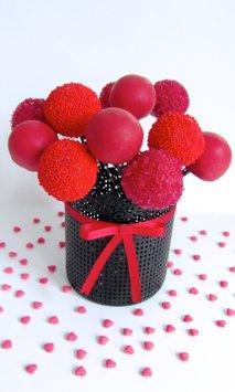 Valentinovi cake popsi