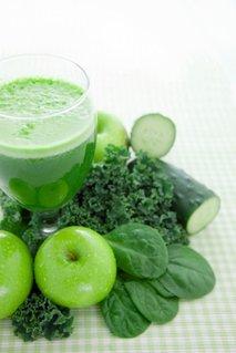 Zeleni sadno-zelenjavni napitek