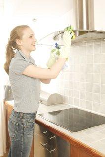 Ženska čisti