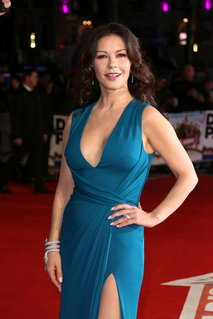 Catherine Zeta-Jones na premieri filma Dads Army - 5