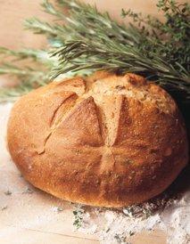 Kruh z rožmarinom