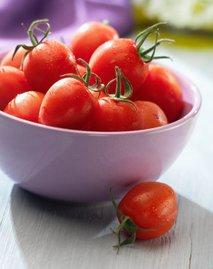 Češnjev paradižnik