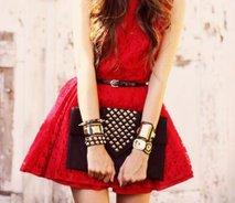 Rdeča obleka - 1