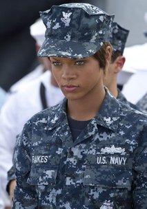 Rihanna v ameriški mornarici - 2