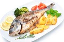Pečena riba z zelenjavo