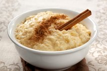 Rižev puding (Arroz con leche)