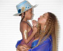 Beyonce in Blue Ivy