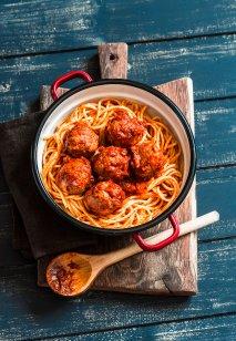 Špageti z mesnimi kroglicami