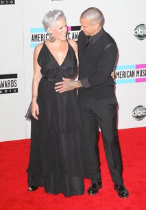 Pink in Carey Hart na American Music Awards