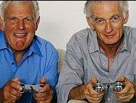 Starejši igrajo videoigre