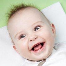 Dojenček z lasmi