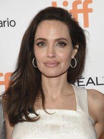 Angelina Jolie v Torontu (TIFF) - 1