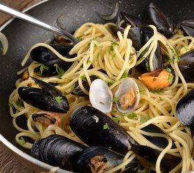 Špageti s školjkami