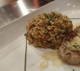 Paella s svinjsko ribico