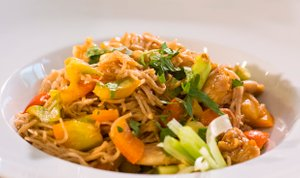 Pirini jušni rezanci na azijski način