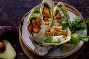 Piščančji burrito z avokadom