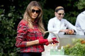 Melania Trump, vrtnarjenje pred Belo hišo - 14