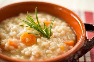 Italijanska ječmenova juha