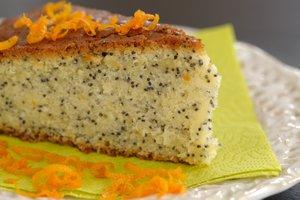Medeni makov kolač