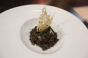 Sipina črna rižota
