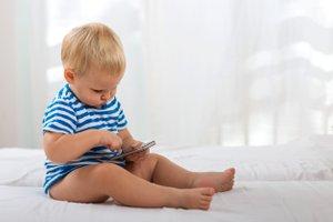 otroci in sodobna tehnologija