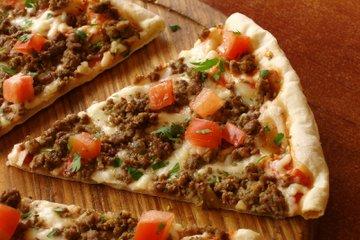 Pica z mletim mesom