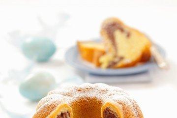 Marmorni kolač z mandlji