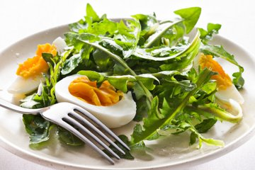 Regratova solata z jajci