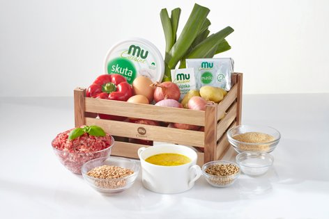 Zabojček z izdelki Mu Cuisine