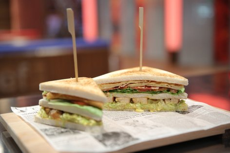 Piščančji club sendvič
