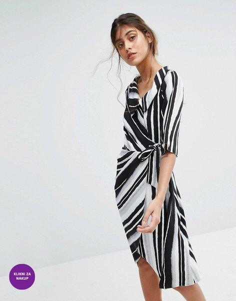 Oblačila s črtami - 7