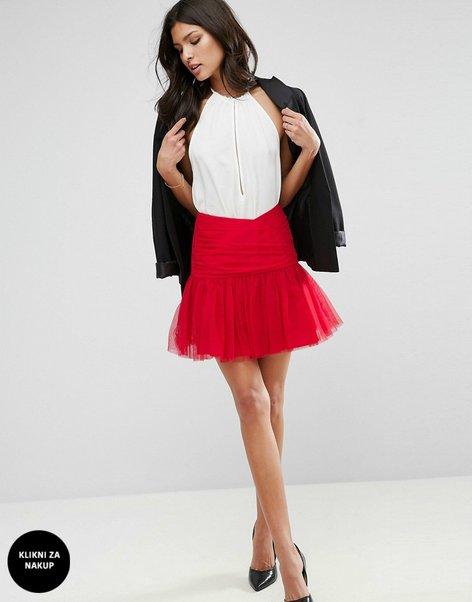 Oblačila v rdeči barvi - 5