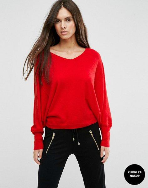Oblačila v rdeči barvi - 1