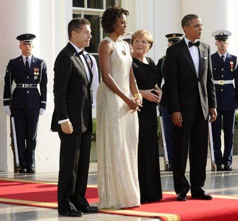 Merklova na obisku pri Obami