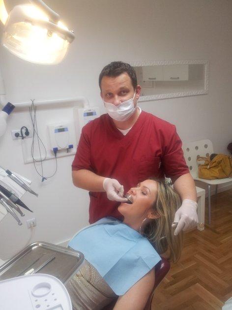 Stančka Šukalo pri zobozdravniku - 2