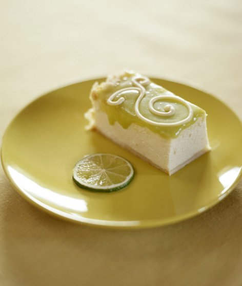 Torta z jogurtom in limetami