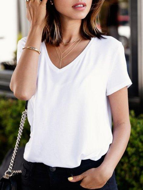 Kako nositi belo majico - 5