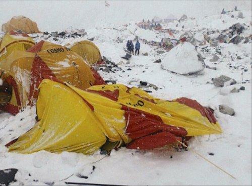 Posledice potresa na Himalaji